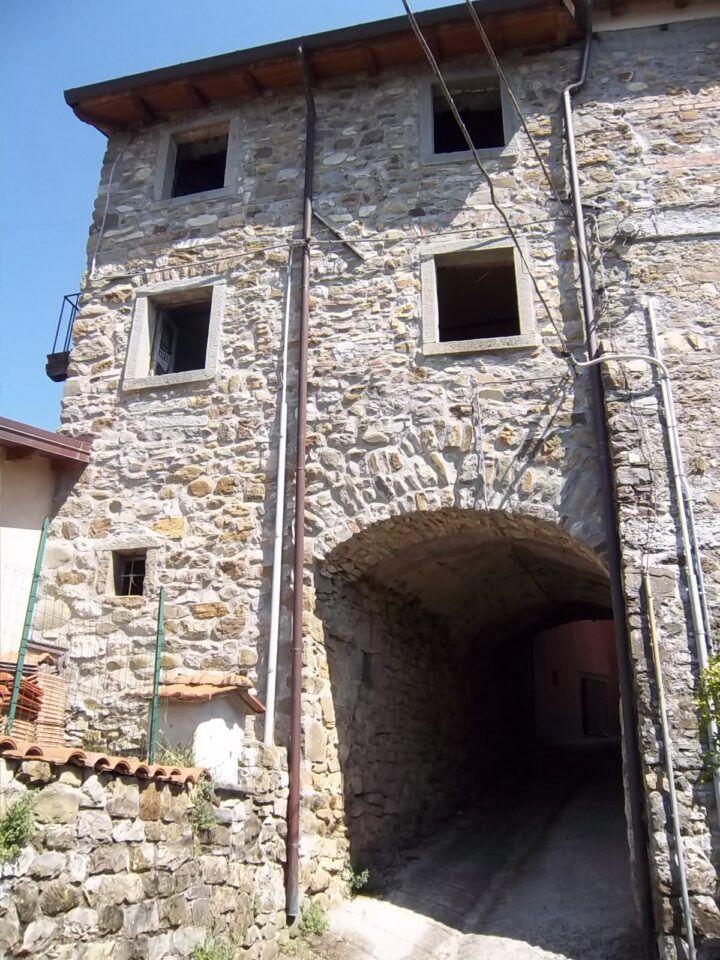 Bagnone – Rustico a Nezzana