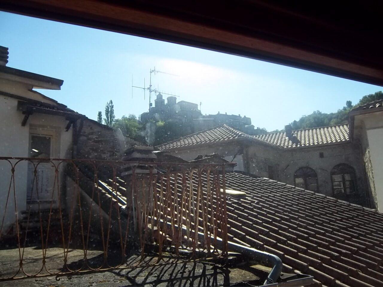 Elegante terratetto nel centro storico di Bagnone